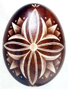 Karcolt tojás - Scratch-carved egg (51)