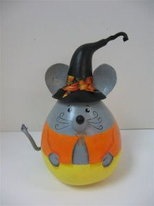 Candy Corn Mouse Gourd - could be on a lightbulb Light Bulb Art, Light Bulb Crafts, Painted Light Bulbs, Recycled Light Bulbs, Pumpkin Crafts, Fall Crafts, Crafts For Kids, Gourd Crafts, Halloween Gourds