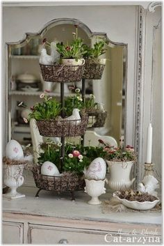 Wonderful Easter Decoration Ideas For Your Inspiration; Easter Table Decoration Ideas With Egg And Bunny; Egg And Bunny; Decoration Shabby, Decoration Table, Tray Decor, Shabby Chic Decor, Spring Decorations, French Decor, French Country Decorating, Country French, Vibeke Design
