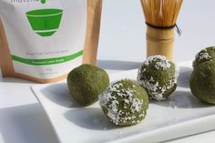 Matcha energy balls!!! I love matcha latte's and therefore wanted to try these. Matcha is such a unique and interesting flavour, that these may not be appetising to you. But they were niceeee. Not my favourite but I'm glad I tried these.