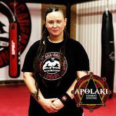 Kelina-Cowell-Krav-Maga-Dirty-Boxing-master