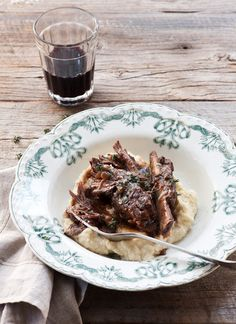slow cooked beef short ribs with creamy mash