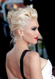 gwen stefani } *************** #celebrities #actress #singer