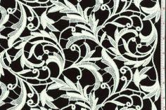 Dyed Guipure - Considerada a mais nobre das rendas, a renda guipure é tecida a partir de linho ou seda, produzindo um relevo grosso em forma de arabescos. De origem francesa, produz um visual delicado e ao mesmo tempo, sensual.