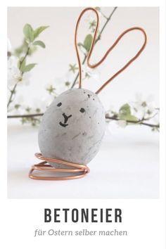 DIY: Betoneier für Ostern selber machen / So werden die Betoneier zu Ostern selbst aus Beton gegossen. Eine hübsche Dekoidee - Betoneier mit Ohren