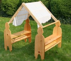 More playstands                                                                                                                                                                                 Mehr