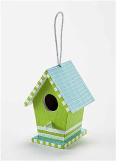Small #Birdhouse  -- I'd make a regular size birdhouse of thks one. Love the colors.