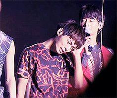 jongtae | Key shinee jonghyun taemin minho JongTae sob i was crying while gifing ...