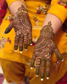 Bridal Mehndi Designs Brides Beautiful Henna Art Ideas For 2019 Palm Henna Designs, Palm Mehndi Design, Indian Henna Designs, Full Hand Mehndi Designs, Mehndi Designs For Girls, Mehndi Designs For Beginners, Wedding Mehndi Designs, Beautiful Henna Designs, Mehndi Designs For Fingers