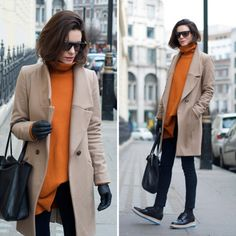 Hedvig Opshaug Casual Chic Style, Style Me, Cheap Monday Jeans, Turtleneck Style, Cute Coats, Layered Fashion, Beige, Boyfriend Jeans, Dress To Impress