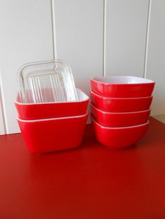 Vintage Red Pyrex Refrigerator Dishes and by TheWellSeasonedNest, $32.00