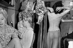 Burlesque performers at the Windmill Theatre, 1942 (William Vandivert)