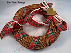Christmas Xmas Wreath Holiday Decor Grapevine by EauPleineVintage