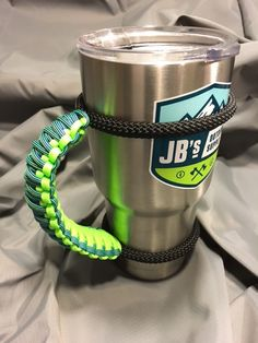 Custom handles for your Yeti 30oz rambler!! We will build your favorite color combinations (team colors, hunting colors, etc). Made with 100% USA 550lb paracor