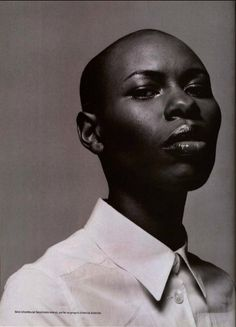 omahyramotafanclub: skin of skunk anansie by rankin for jalouse 1999 Skunk Anansie, British Rock, Bald Heads, Character Aesthetic, Big Picture, Strong Women, Rock Bands, Rage, In This Moment