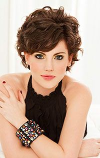 Short hair, big curls with side-swept bangs. Love it!