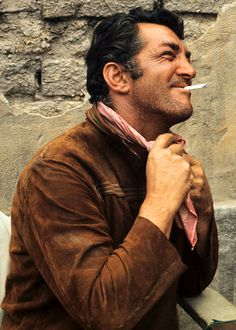 Dean Martin. A prolific singer with the mildy marshmallow voice, movie star, star of stage (Vegas) and television (The Dean Martin Hour & The Dean Martin Roasts).