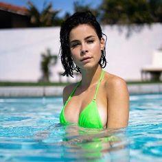 - Source by - Sexy Bikini, Pink Bandeau Bikini, Cut Out Bikini, Bikini Babes, Bikini Girls, Ricos World, Marilyn Monroe Body, Taylor Swift Hot, Plus Size Bikini