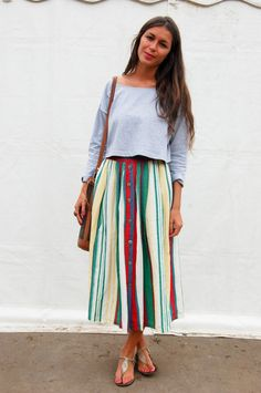 Kicking myself for not buying that vintage midi skirt! I wasn't into it then though...dumb me.