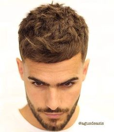 16 Best French Crop Haircut: How to Get Styling Guide - Men's Hairstyles Trendy Mens Hairstyles, Classic Hairstyles, Boy Hairstyles, Trending Hairstyles For Men, Popular Haircuts, Haircuts For Men, Men's Haircuts, Short Hair Cuts, Short Hair Styles
