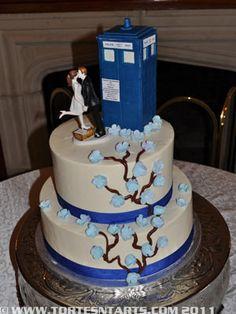 Tardis Wedding Cake At Thornewood Castle By Tortes N Tarts Doctor Who
