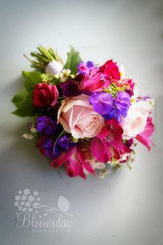 vibrant bridesmaid bouquet