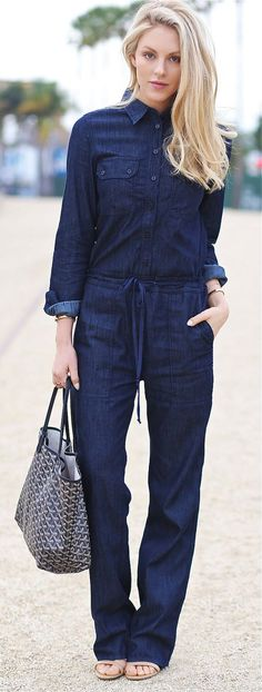 Unbutton those top two buttons tho sweetie ;) (Denim Jumpsuit, Sandals, Gold Bracelets And Rings, Nude Nail Polish) Style Bleu, Mode Style, Denim Jumper, Denim Overalls, Denim Jeans, Love Jeans, Jeans Style, Fall Outfits, Casual Outfits
