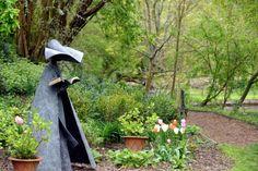 Engmatic- Philip Jackson's iconic figure sculptures.LA1500114-8 SUS-150905-175152008