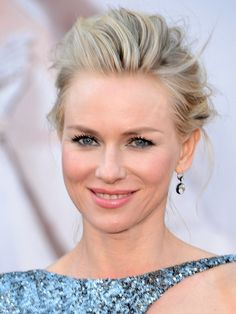 Oscars top 10: Naomi Watts http://beautyeditor.ca/2013/02/25/oscars-2013-the-10-celebs-with-the-best-hair-and-makeup/
