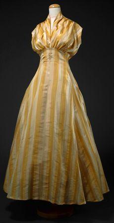 Dress, 1949 Donate - Carla Scotti Campos and Maria Joana Campos Second donor was a dressmaker Nerina Negrelli, Lisbon.