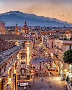 Catania at dusk, the second largest city of Sicily, Italy 🇮🇹️ Dream Vacations, Vacation Spots, Italy Vacation, Places To Travel, Places To See, Travel Destinations, Travel Tips, Wonderful Places, Beautiful Places