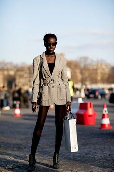 Paris Fashion Week Street Style Fall 2018 Day 1 - The Impression