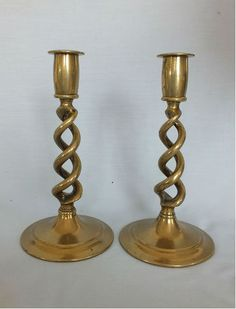 Good pair of old Open Barley Twist Brass Candlesticks,. Believed to date from the late / early Century. Nice patina of aged brass. Candelabra, Candlesticks, Brass Candle Holders, Oil Lamps, Vintage Ceramic, Vintage Home Decor, Decoration, Home And Living, Antiques