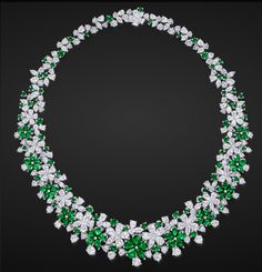 Emerald & Diamond Necklace by Graff #Necklaces #Jewelry #Graff