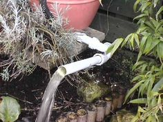 Homemade DIY fish pond biofilter eliminate green water how to build construction Pond Filter Diy, Pond Filters, Diy Water Feature, Backyard Water Feature, Pond Landscaping, Landscaping With Rocks, Landscape Design, Garden Design, Goldfish Pond