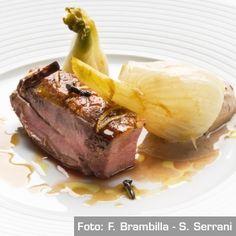 Suggestione di uno stufato di anatra arrostita alle spezie con finocchi e olive - Chef Luca Landi e Giancarlo Timballo
