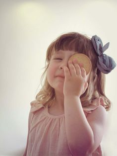 Camisa pulgarcita y diadema Blancanieves. Ikkelele kids. http://ikkelele.com/es/13-nina-ropa-accesorios