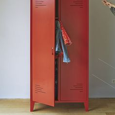 1000 images about skate shack on pinterest ikea for Armoire metallique chambre ado