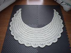 A Crafty Arab: 99 Creative Moon Projects -   Moon Wrap (Mezzaluna) pattern by Nancy P