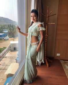 10 Ideas Celebrities Inspired to Wear Traditional Saree with a Modern Twist