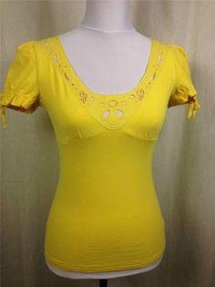 @GUESS Yellow Empire Waist Top Sz S $14.99 #fashiondeals #onabudget #dodiesdoodads