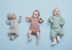 Bebês e crianças pequenas crescem muito rápido. Com isso, é comum que as roupas compradas em um mês deixem de servir no próximo ou algum tempo depois. Daí lá vão os pais e mães comprar novas roupinhas que sirvam na criança. O problema é que isso gera um consumo de recursos muito maior do que o necessário - mas uma marca dinamarquesa propôs uma ótima solução para essa questão. A VIGGA oferece roupas infantis por assinatura. A proposta é que o tamanho das roupas cresça junto com as crianças e…