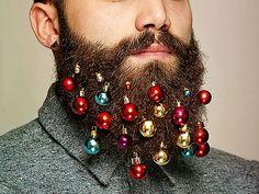 Estas pequeñas esferas transformaran tu barba en un árbol de navidad