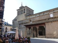 Place: Catedral de San Pedro, Jaca, Huesca / Aragón,Spain. Photo by: Joaquim Pons Sampedro (flickr)