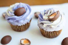 Chocolate Surprise Cupcakes Cupcake Couture, Doughnuts, Good Food, Ice Cream, Cupcakes, Cookies, Chocolate, Desserts, Recipes
