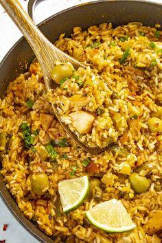 Creole Sauce Recipe, Hot Sauce Recipes, Spicy Recipes, Chili Recipes, Chicken Recipes, Cooking Recipes, Delicious Recipes, Arroz Con Pollo Recipe Puerto Rican, Puertorican Rice