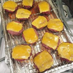 Oven roasting is the only way to quickly cook burgers for a crowd. I think it's even easier than grilling. No flipping, no putting them on one at a time, no watching a flame. Put the patties on an oiled rack over a baking sheet (I cover with foil for eas Meat Recipes, Low Carb Recipes, Cooking Recipes, Burger Recipes, Dinner Recipes, Cooking Tips, Cooking For A Crowd, Food For A Crowd, Recipes