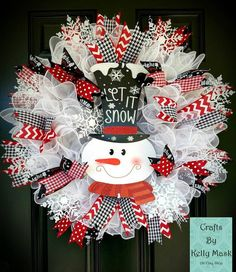 Large Beautiful Snowman Christmas Wreath made with deco mesh and ribbon. let it snow. Your choice of sign Large Beautiful Christmas Wreath made with deco mesh and ribbon. let it snow. Your choice of sign Christmas Wreaths To Make, How To Make Wreaths, Holiday Wreaths, Christmas Snowman, Christmas Crafts, Christmas Decorations, Winter Wreaths, Spring Wreaths, Summer Wreath