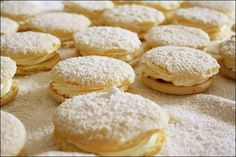 sponge kisses … – ([{ the_food_artisan }]) Kisses Recipe, Ricotta Cake, Little Cakes, Food Cakes, Biscuit Recipe, Calories, Savoury Cake, Mini Cakes, Clean Eating Snacks