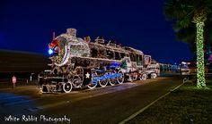 7 Christmas Trains Across the Country Holiday Train, Christmas Train, Christmas Holiday, Christmas Messages, San Antonio Christmas Lights, Christmas Live Wallpaper, Train Wallpaper, Christmas Express, Train Truck